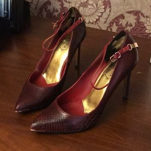 Women' Ted Baker shoes Saasit